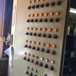Porte boutons commandes AVANT